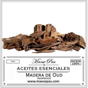 aceite esencial de madera de oud o agar wood